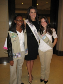 Girl Scouts with Miss Maryland at the Summit